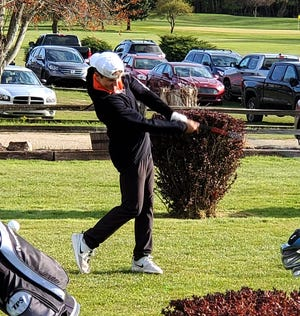 Quincy's Sam Sawyer took top honors at Monday's Springport Big 8 Golf Jamboree, pacing the Orioles to the win