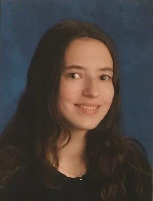 Para Angelica Borowy, estudiante de graduación de 2021 Park Vista Community High School.