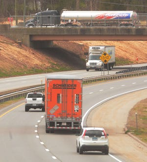 Traffic on I-395 and Route 164 in Griswold Tuesday. [John Shishmanian/ NorwichBulletin.com]