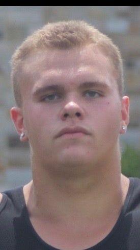 Essexville Garber defensive lineman Alex VanSumeren