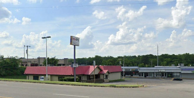 Pizza Ranch is renovating this former Revelry Bar and Grill building in Hendersonville.