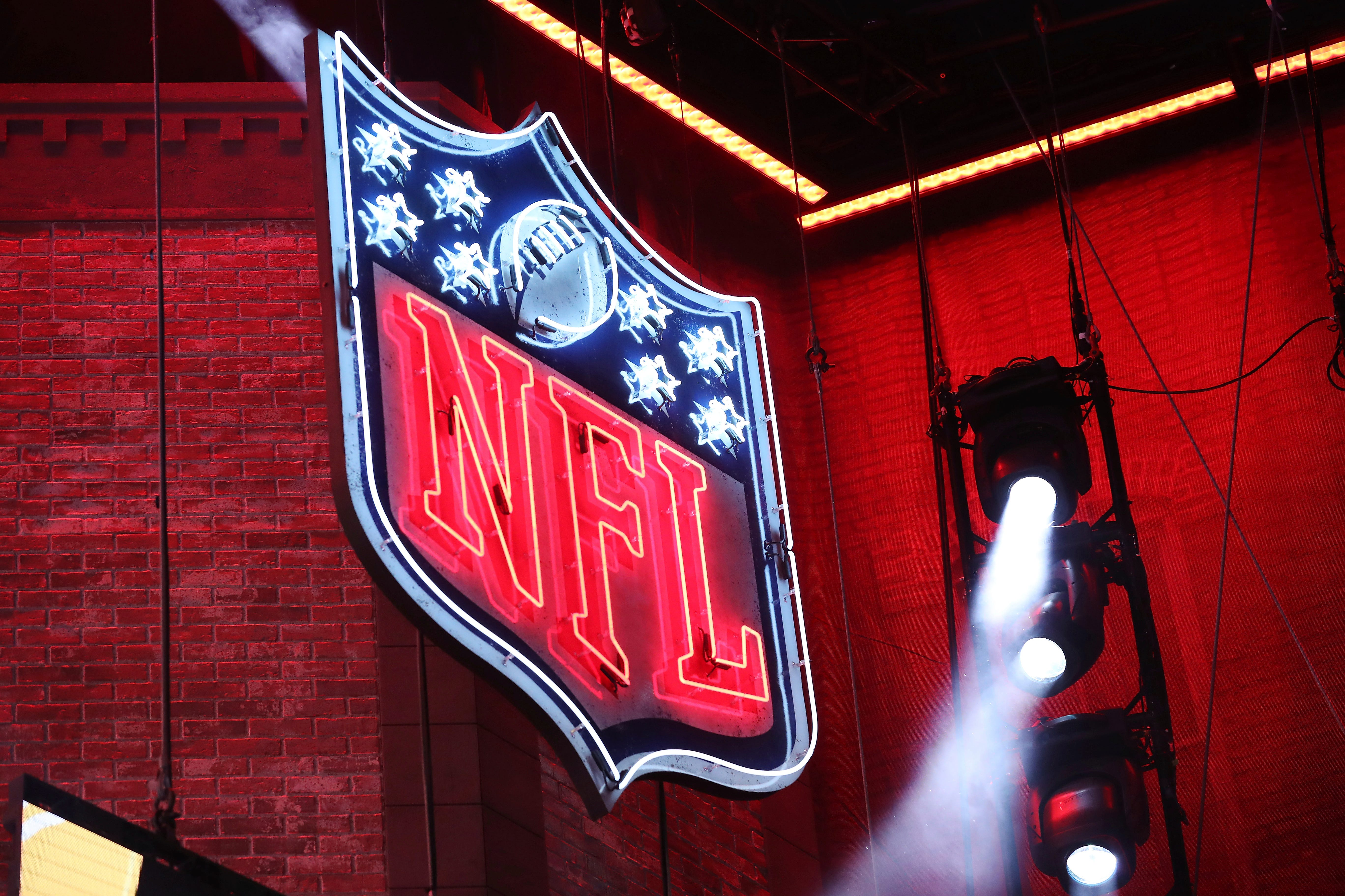 Opinion: Lawyer Chris Seeger wants to right the NFL's despicable race-norming wrong