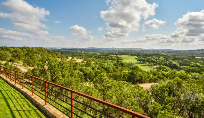 Austin-based Stratus Properties plans to move ahead with a new residential section at its Barton Creek subdivision. The new development will be called Holden Hills, and plans call for 475 homes on 495 acres abutting the Barton Creek Greenbelt.