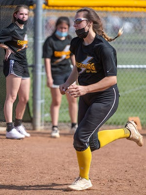 Galesburg High School sophomore Parker Cash practices her baserunning during softball practice on Tuesday, April 27, 2021.