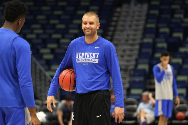 Joel Justus is leaving Kentucky men's basketball to join the Arizona State staff under Bobby Hurley.