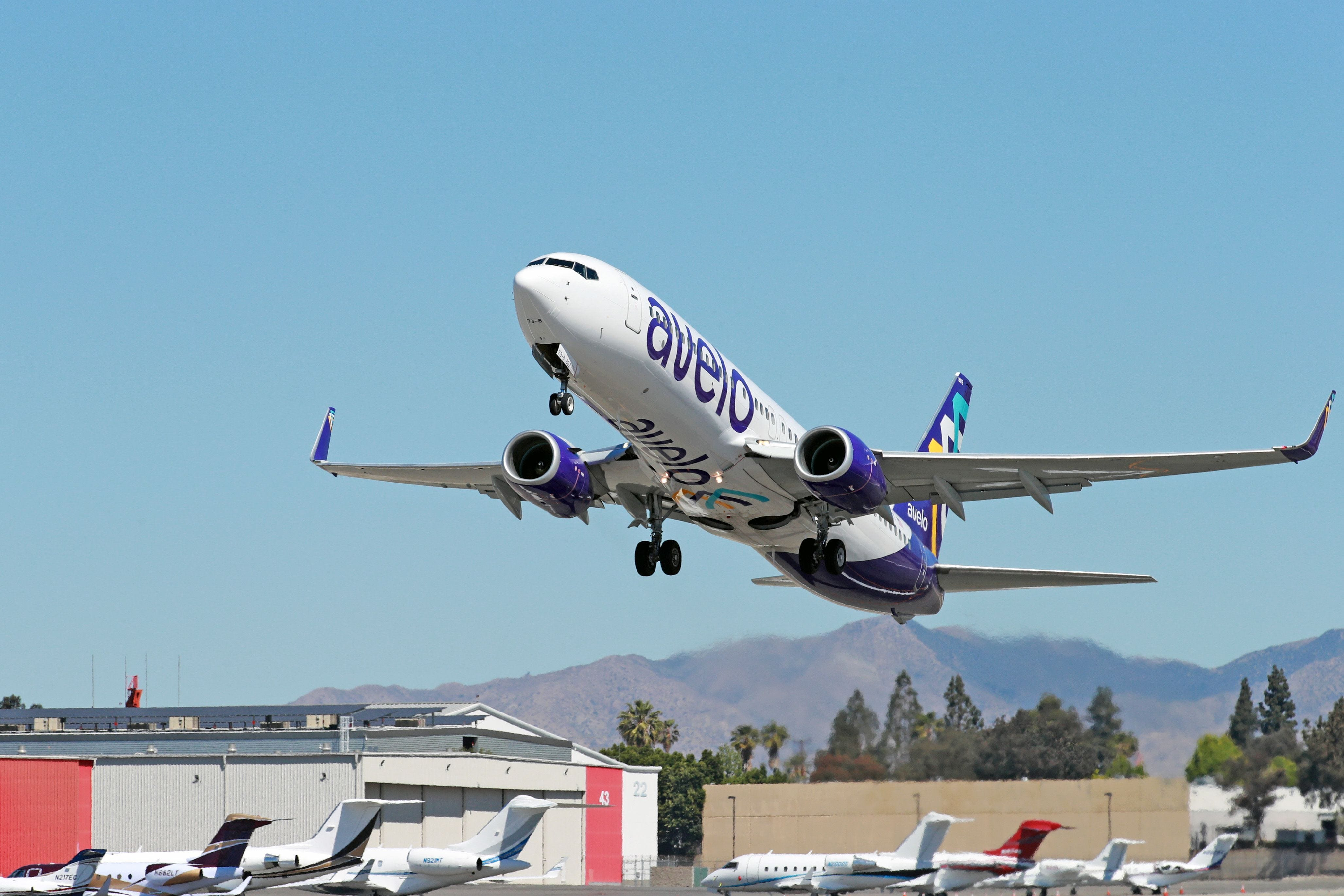New US airline has $19 fares, $10 checked bags and flies out of small airports: Meet Avelo Airlines