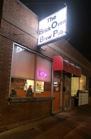 The Brickoven Brewpub on Canton Road in Ellet announced Monday that is has permanently closed.