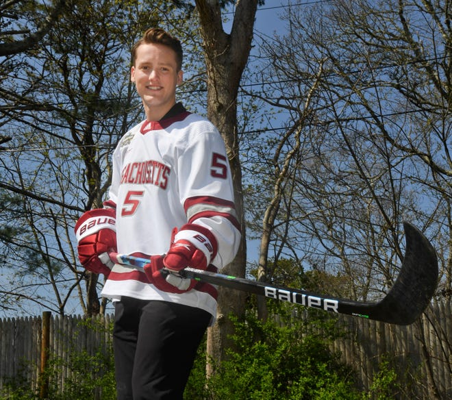 Centerville native and Barnstable High School graduate Linden Alger recently won a national championship with the University of Massachusetts men's hockey team.