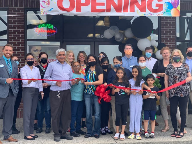 A-1 Threading & Lashes, a franchise salon offering a variety of services for women, opened in Spring Hill.