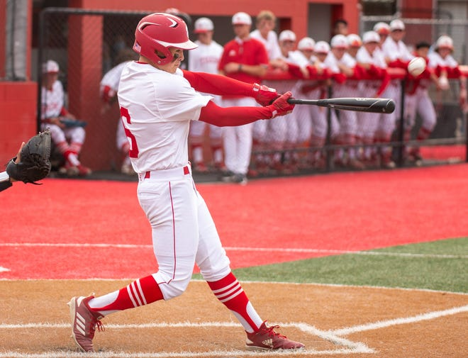 Glen Rose's Christian De La Cruz belted a solo homer in the bottom of the second inning on Tuesday night for the Tigers' lone run and lone hit of the game in their 11-1 District 6-4A home loss to Gatesville. The Tigers (3-21-1, 0-11) close of the year on Friday when they travel to Gatesville.