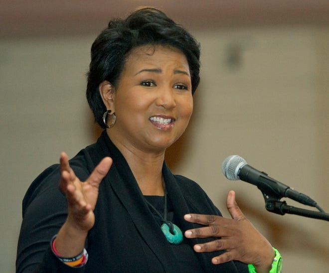 Dr. Mae C. Jemison, the first African-American woman in space, will be the featured speaker at Florida Southern College's commencement ceremonies on May 15.