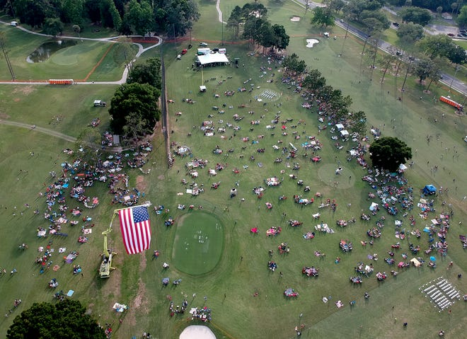Symphony Under the Stars is back. The Mother's Day tradition will be Sunday evening at the Ocala Golf Club.