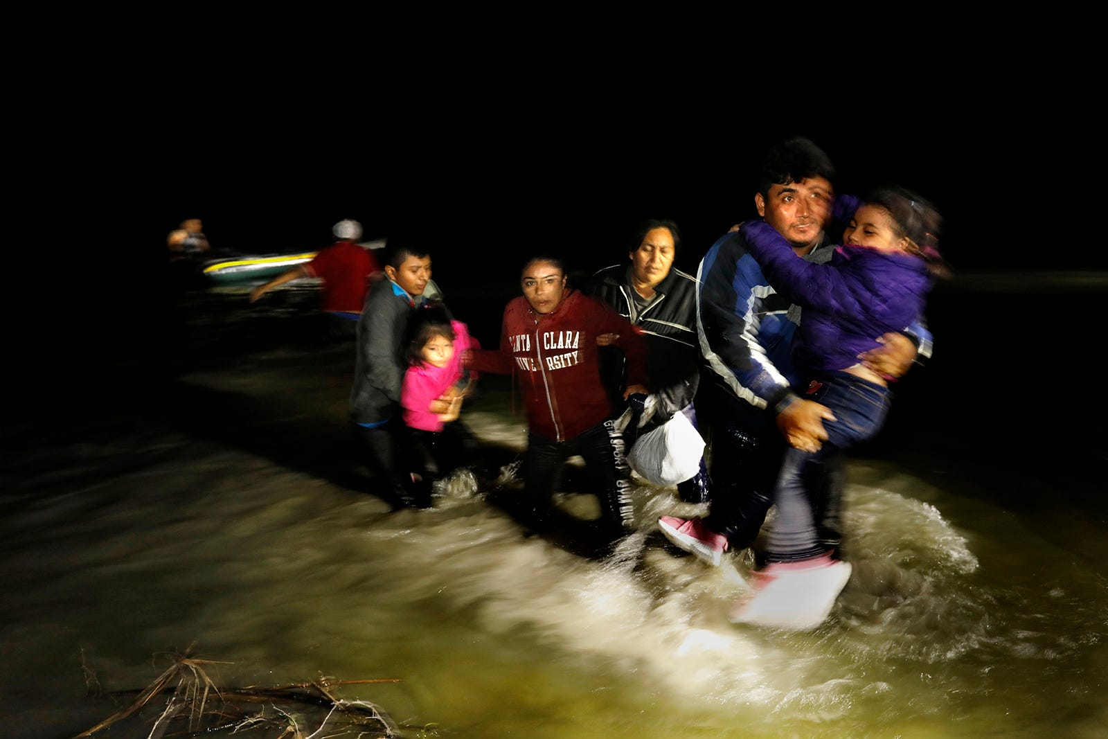 'Sitting ducks for organized crime': How Biden border policy fuels migrant kidnapping, extortion 1