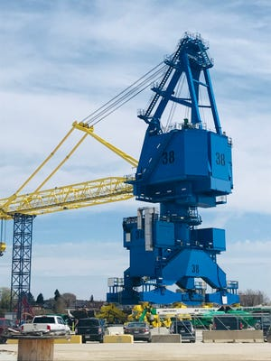 A giant crane that will lift 140-ton loads for the U.S. Navy was built by Konecranes and Broadwind Heavy Fabrications in Manitowoc.