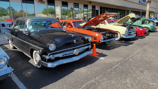 A recent Clay County Cruzers' Big Dawgs Cruise-in.