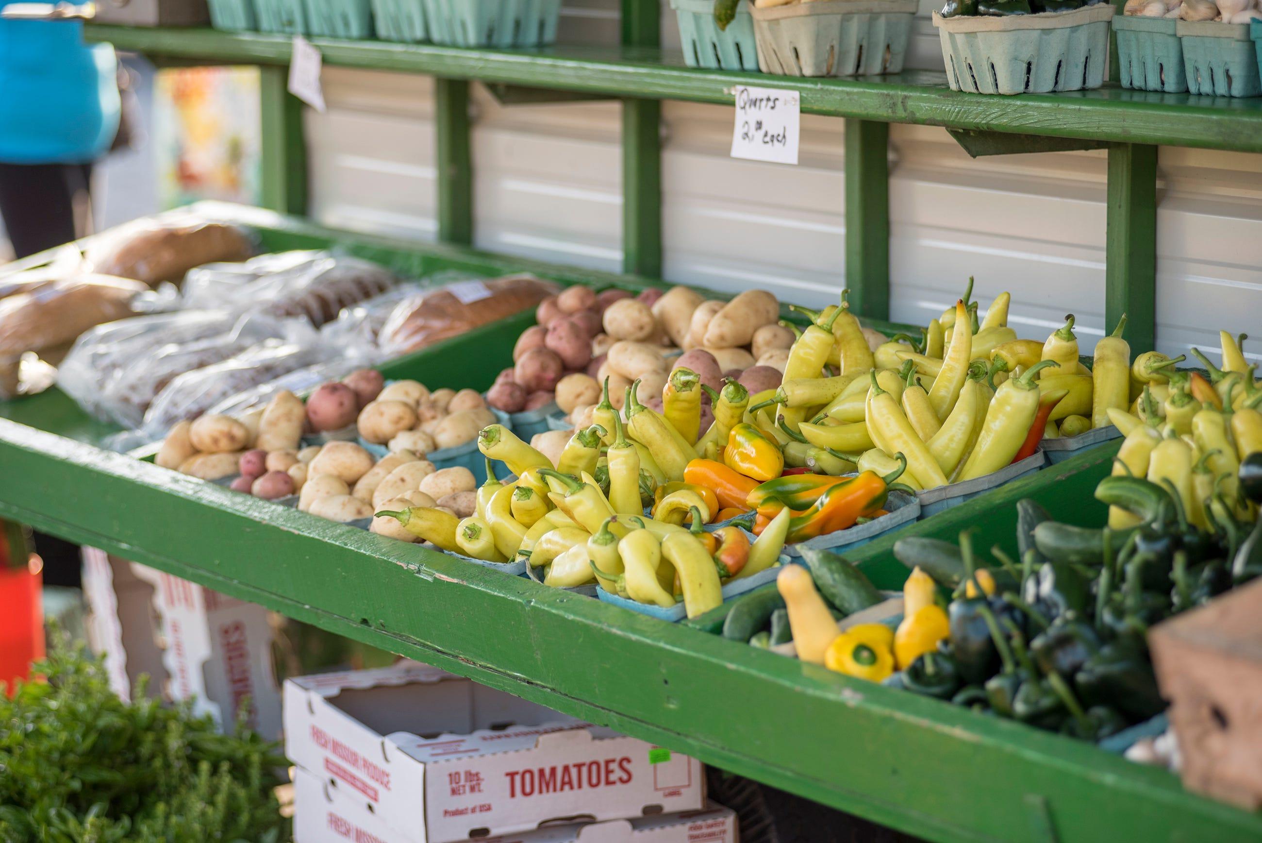 Fresh and Local: Farmers market season begins at the lake