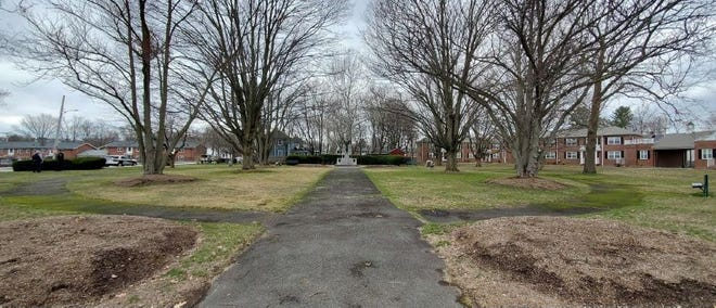 The entrance to Veterans Memorial Park in Framingham. A group is seeking to raise money to renovate the park, including adding plaques honoring veterans who served during more recent conflicts.