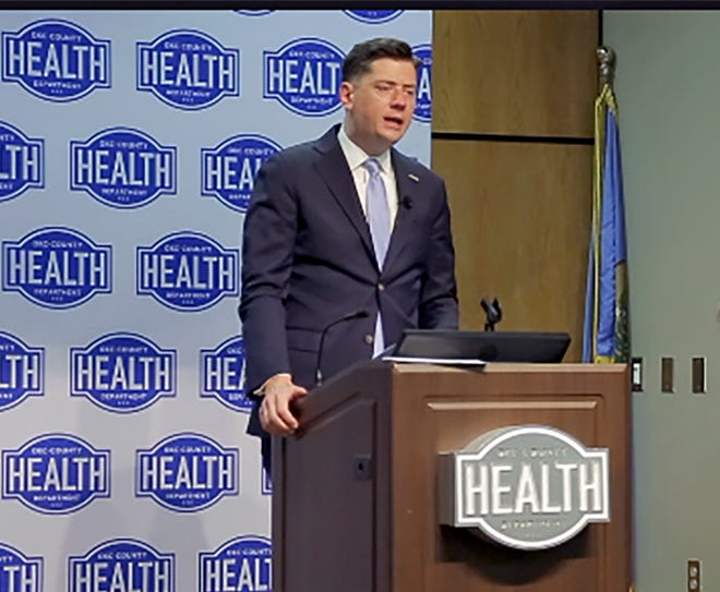 A poll shows voters occupying the broad center of the political spectrum view Oklahoma City Mayor David Holt favorably. Holt will be seeking a second term in February's primary. Here, he discusses expiration of the city's mask ordinance in an April 30 news conference.