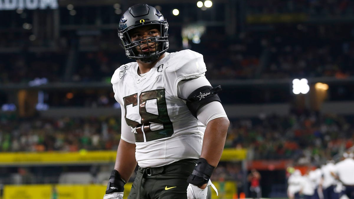With No. 7 pick, Lions select Oregon offensive tackle Penei Sewell 1