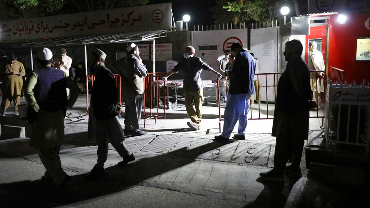 Suicide truck bomber hits Afghan guest house, killing 21 2