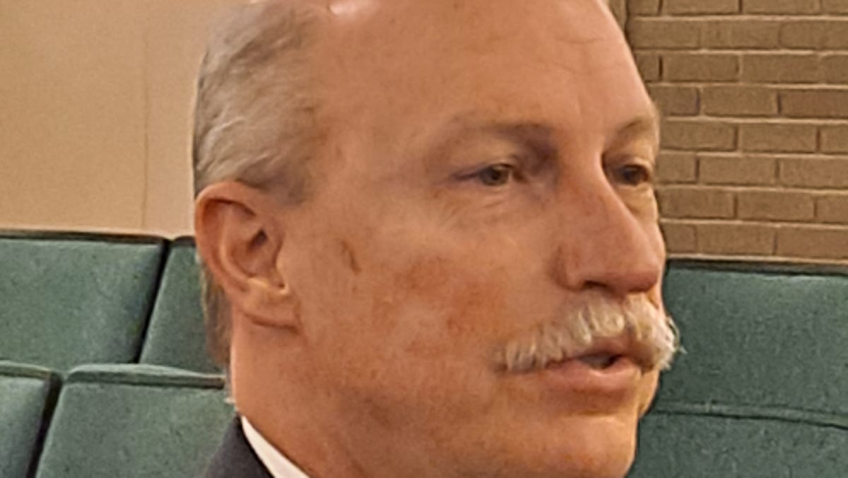 North Carolina county manager Marty Lawing picked as Fort Myers city manager 1