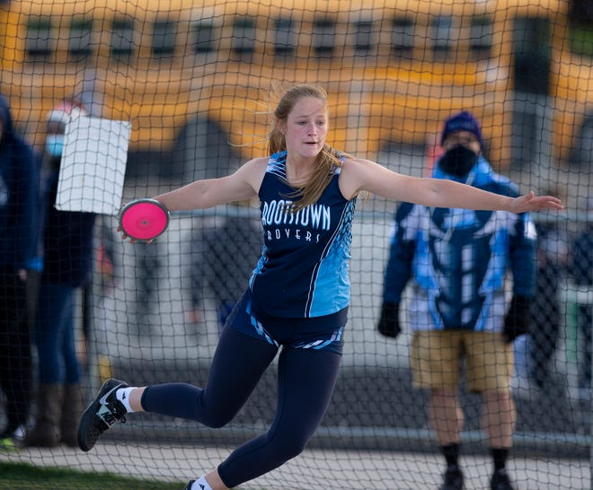 Mogadore Track and Field Invitational. Discus, Kasidy Smith, Rootstown.