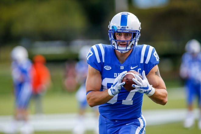 Former Leominster star and Duke tight end Noah Gray makes a catch during warm-ups before a 2020 game against Virginia Tech.