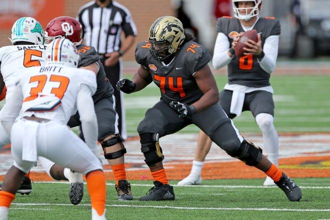 Lineman ofensif Michigan Barat Jaylon Moore terpilih di putaran kelima dari NFL Draft oleh San Francisco 49ers.
