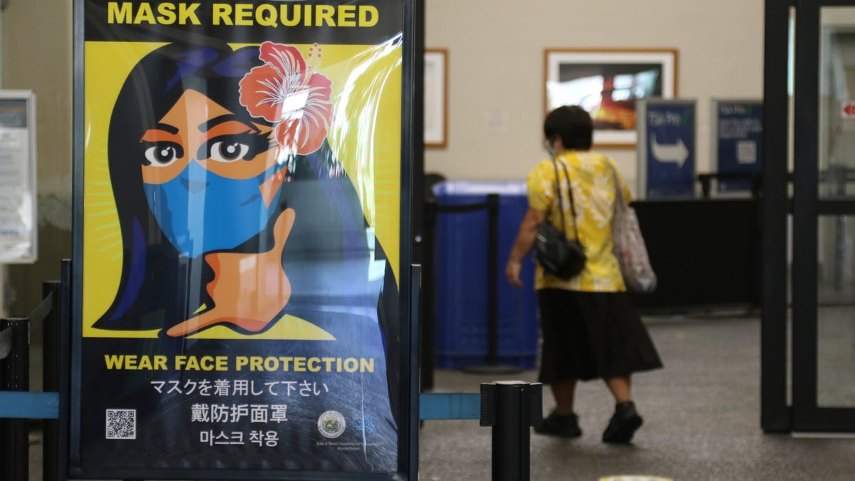 US extends face-mask requirement on planes until September 2