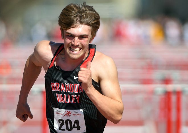 Brandon Valley's Levi Pfeiffer charges toward the finish line during the Dakota Relays on Saturday, May 1, 2021, at Howard Wood Field in Sioux Falls.