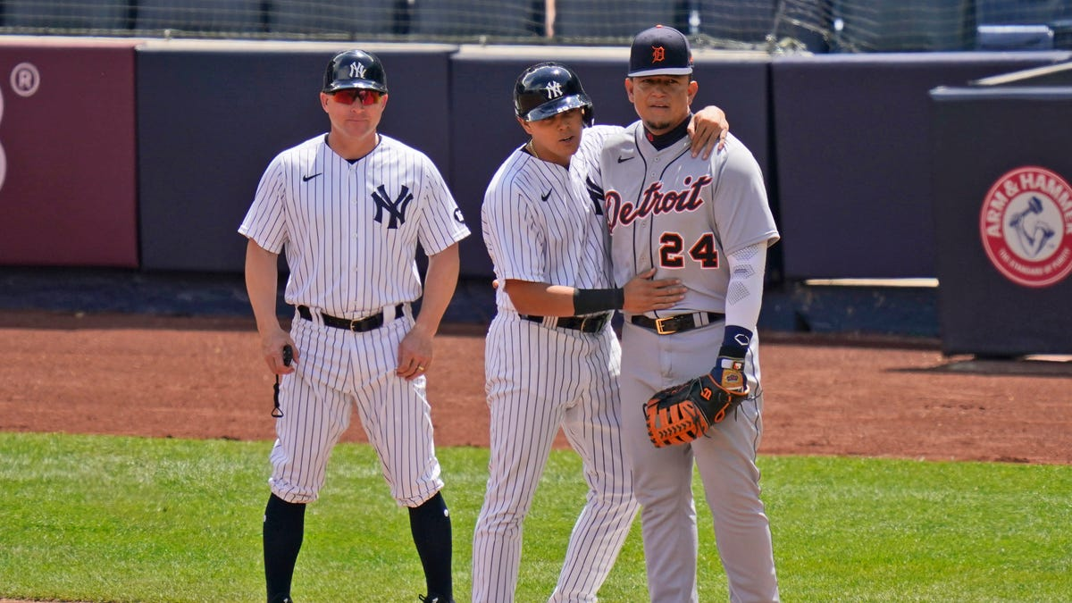 Baseball oddity: Yankees Urshela awarded three-ball walk vs. Tigers 1