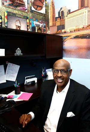 Mahdi Taakilo runs Somali Community Link, an organization that works with Somali immigrants and refugees in the area.