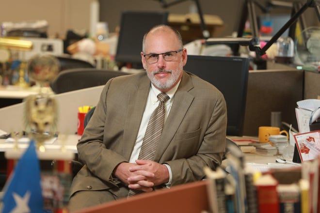 Columbus Dispatch business reporter Mark Williams