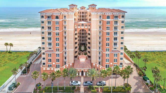Palma Bella's Spanish Mediterranean architecture, high-end finishes and its superior resident-only amenities make it one of the most distinguished and exceptional condominium communities in Daytona Beach Shores.