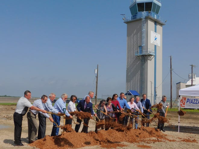 Regional leaders officially broke ground on the new terminal building at North Texas Regional Airport Monday. New new $3.7 million project will provide modernized services to the airport and its business clients.