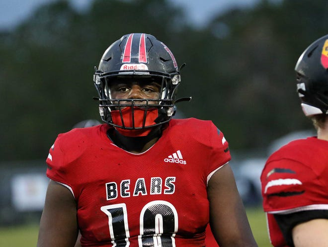 With the help of sophomore tackle K.J. Sampson (10) on the defensive line, New Bern advanced to the 2021 NCHSAA 4-A East Regional championship game.