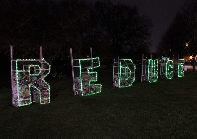 Keep Melrose Beautiful unveiled 5 foot tall 3D letters that spell 'REDUCE,' located at the corner of Lynn Fells Parkway and Tremont Street.