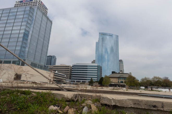 The location of the $ 188 million couture apartment tower will be shown on May 3, 2021 at 909 E. Michigan St. in Milwaukee, Wisconsin.