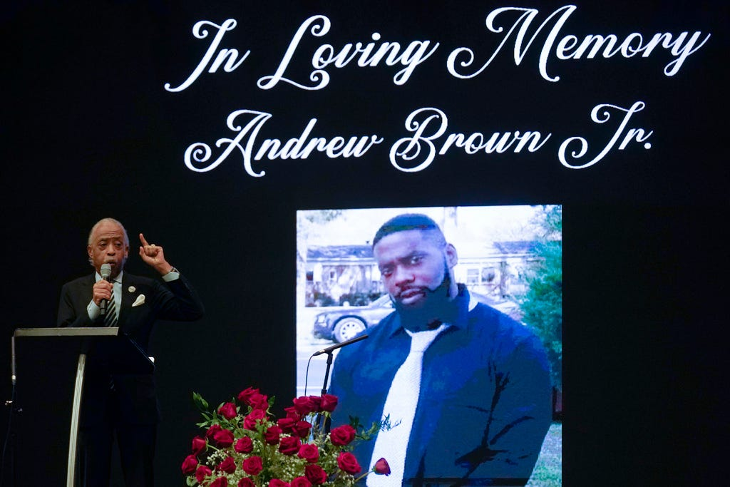 Iknow a con game when Isee it : Al Sharpton calls for release of Andrew Brown Jr. bodycam at funeral