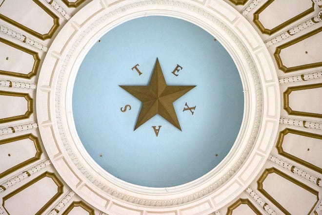 The ceiling dome inside the rotunda of the Texas State Capitol. Texas lawmakers have an opportunity to protect the public pension on which many public employees have come to rely, Luther Elmore writes. [Ralph Barrera/AMERICAN-STATESMAN/ FILE]