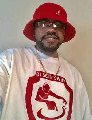 Athens-based turntablist and deejay Sean Swift.