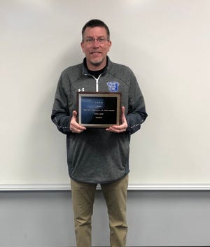 Ogden Middle School teacher and coach Dan Lake was recently named a Don Taft Memorial Junior High Award winner from the Iowa Football Coaches Association, Class A category.
