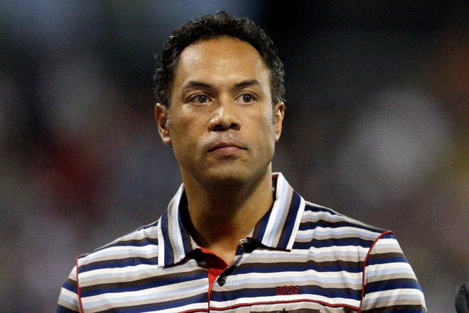 Roberto Alomar, who was elected to the National Baseball Hall of Fame board of directors in 2019, submitted a letter of resignation on Saturday in the wake of an allegation of sexual misconduct.