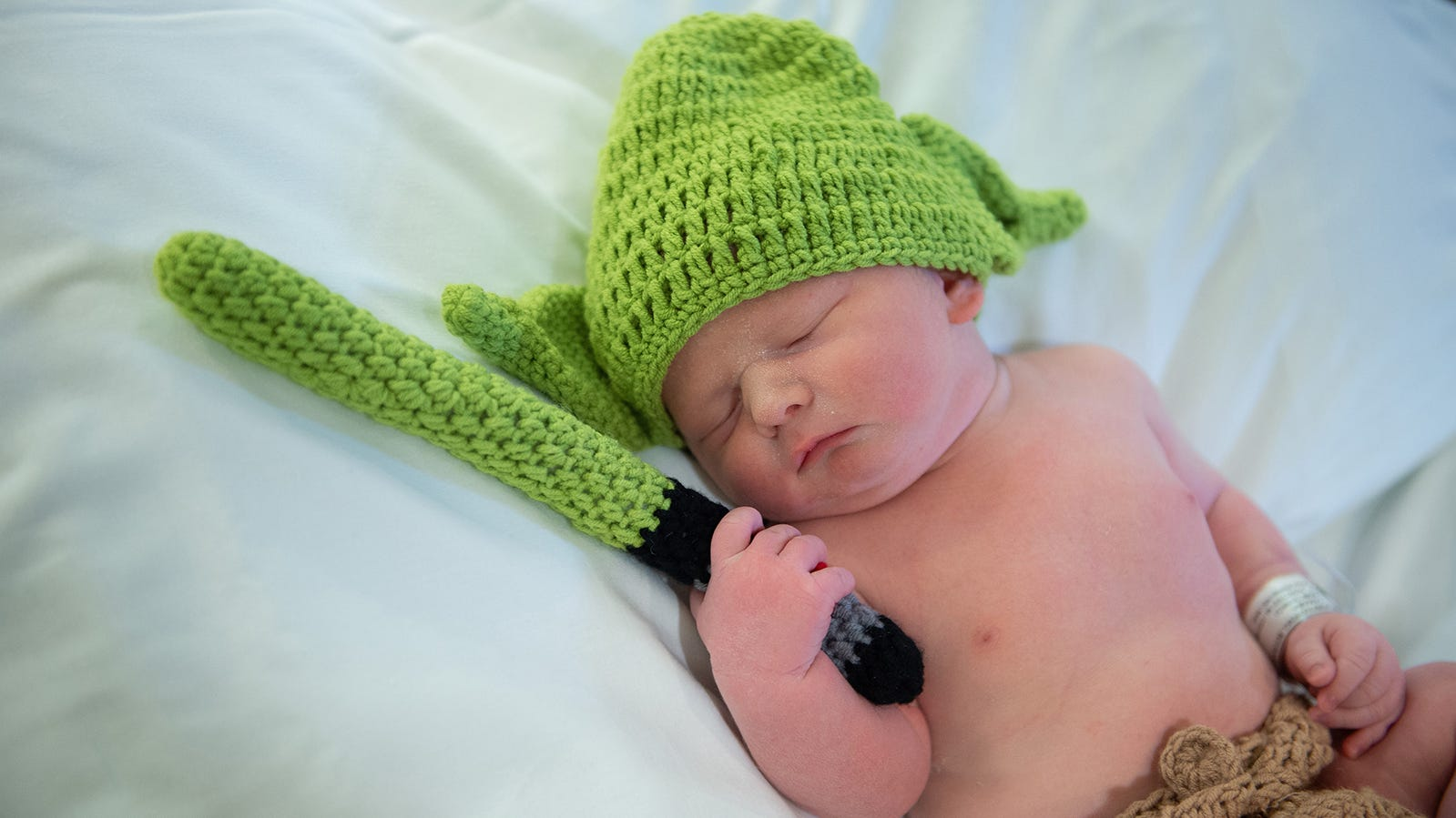 On Star Wars Day, a fan gives birth to a baby boy. His name? Luke, of course.