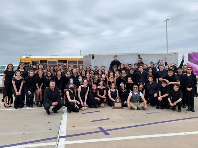 In April the Van Alstyne High School Band received 1 ratings from all six judges.  It was the 8th consecutive sweepstakes for the band.