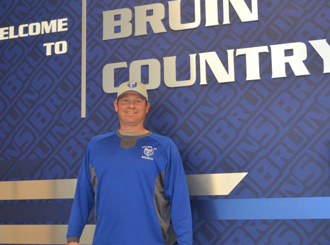 Kellogg Community College baseball coach Eric Laskovy recently won his 500th game with the program.