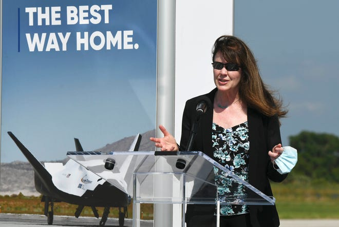 Janet Kavandi, Executive VP of Space Systems for Sierra Nevada Corp. answers questions during Tuesday's press conference at KSC. Craig Bailey/FLORIDA TODAY via USA TODAY NETWORK