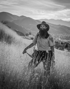 """""""The Bearded Lady Project"""" is a documentary film and photographic project celebrating the work of female paleontologists and highlighting the challenges and obstacles they face."""