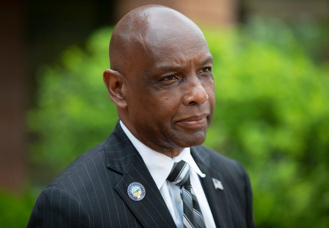 Sen. Cecil Thomas say he wants to run for the Ohio House of Representatives.