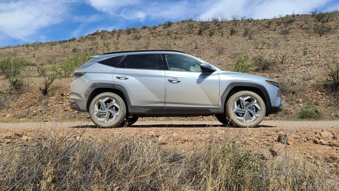 The influence of former Lamborghini designer Luc Donckerwolke might be found in the angular sheet metal of the 2022 Hyundai Tucson.